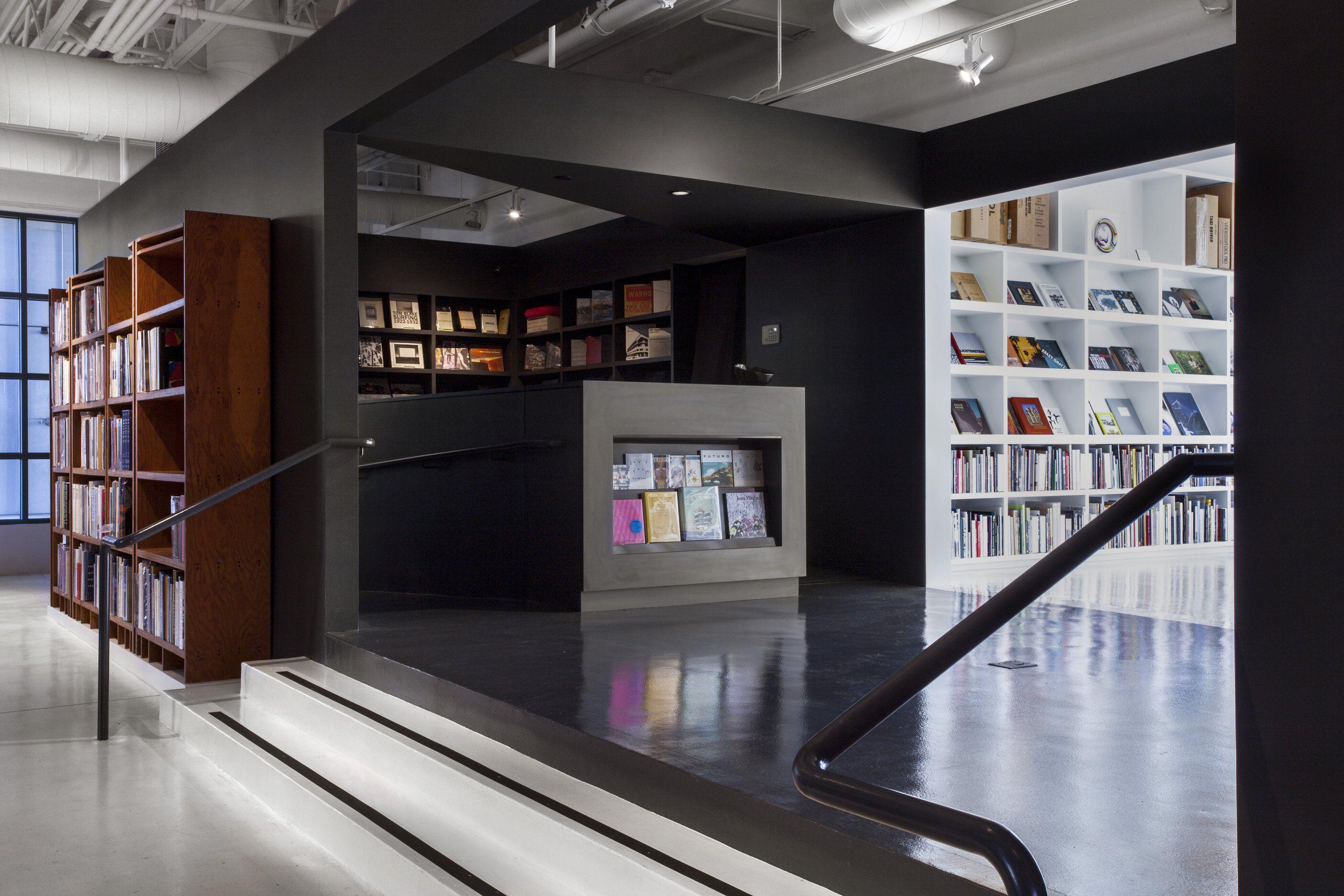 Arcana Books on the Arts interior